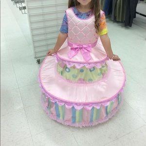 Layer cake costume